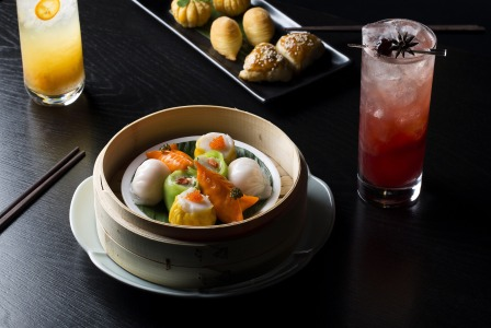 Dim.sum.platter.and.cocktails