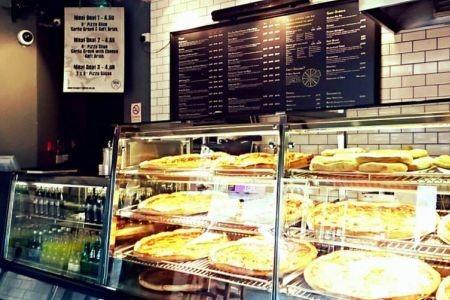 American.Pizza.Slice.Midnight.Feast