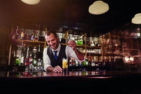 World.Class.Bar.4