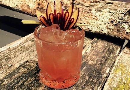 plum.rum.old.fashioned..skylounge.treehouse
